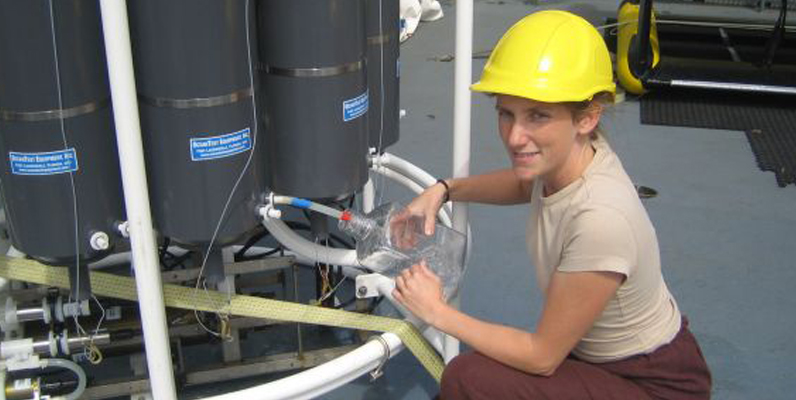 Courtesy of Sullivan Lab, showing Karin Holmfeldt sampling viruses in the Atlantic